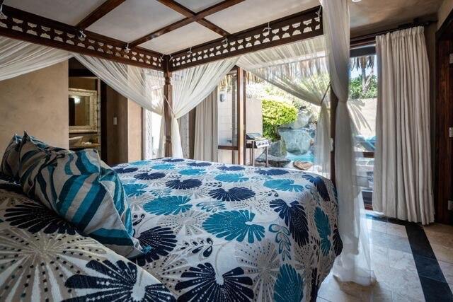 beachside villa bedroom